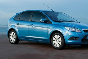focus blue met 4door hatchback (2)